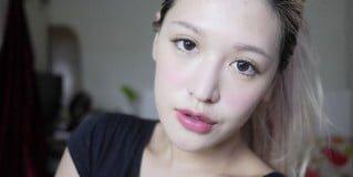「彩妝」利用純真性感的豐潤唇彩打造萬用女神妝,雅詩蘭黛絕對慾望美唇水彩