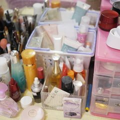 「收納」波痞媽的彩妝保養品收納術,一般正常化妝品量學生上班族必看!